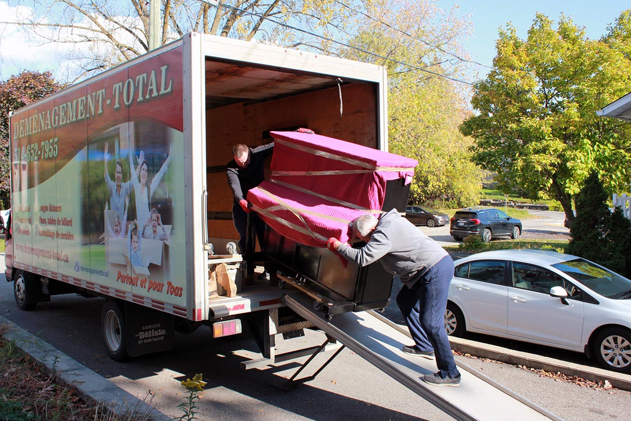 Moving Montreal-Baie-Comeau 1