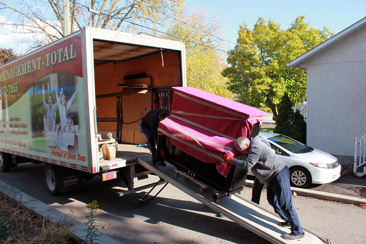 Moving Montreal-Charlesbourg 1