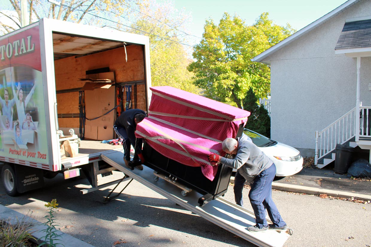 Moving Montreal-Chicoutimi 1