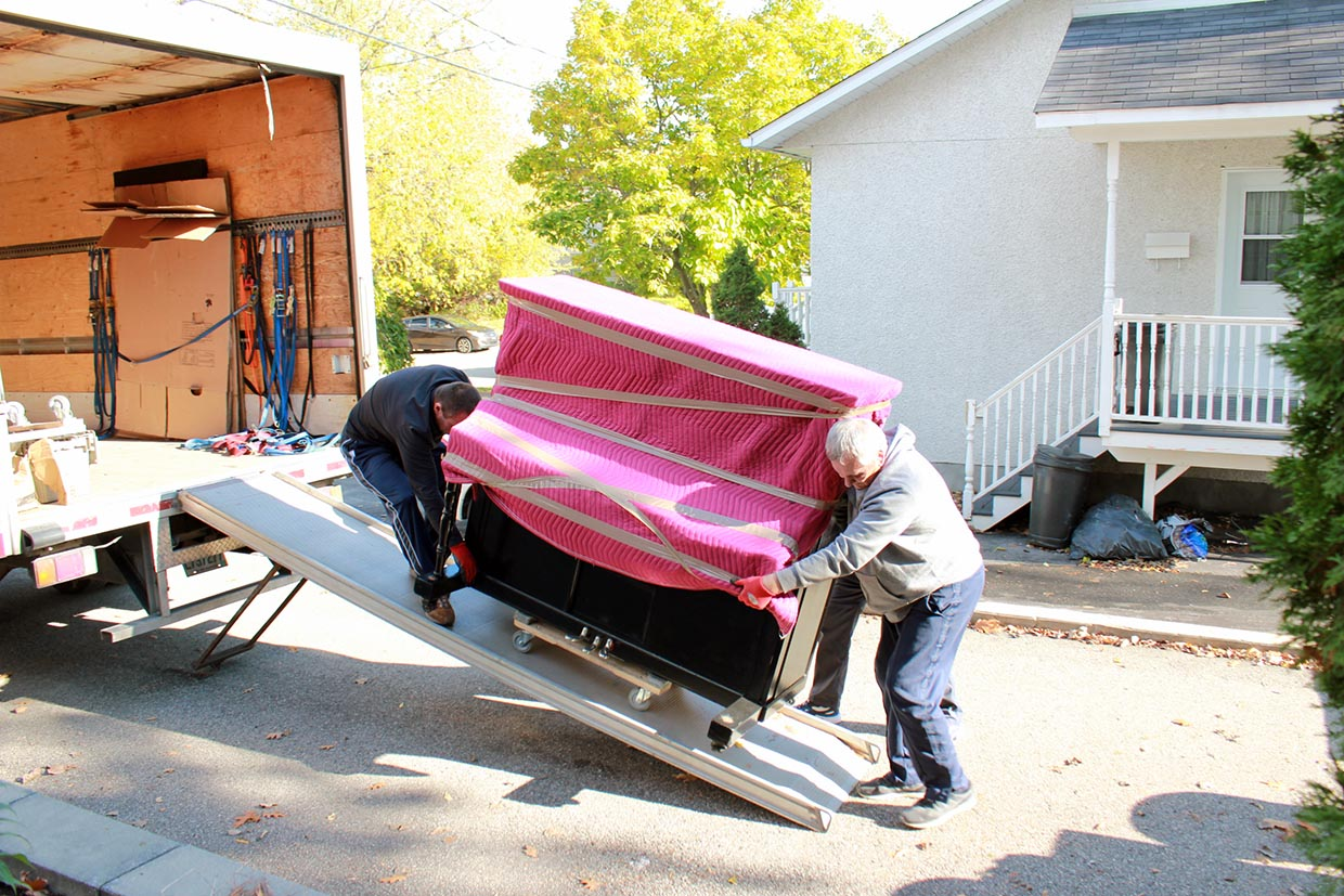 Moving Montreal-Drummondville 1