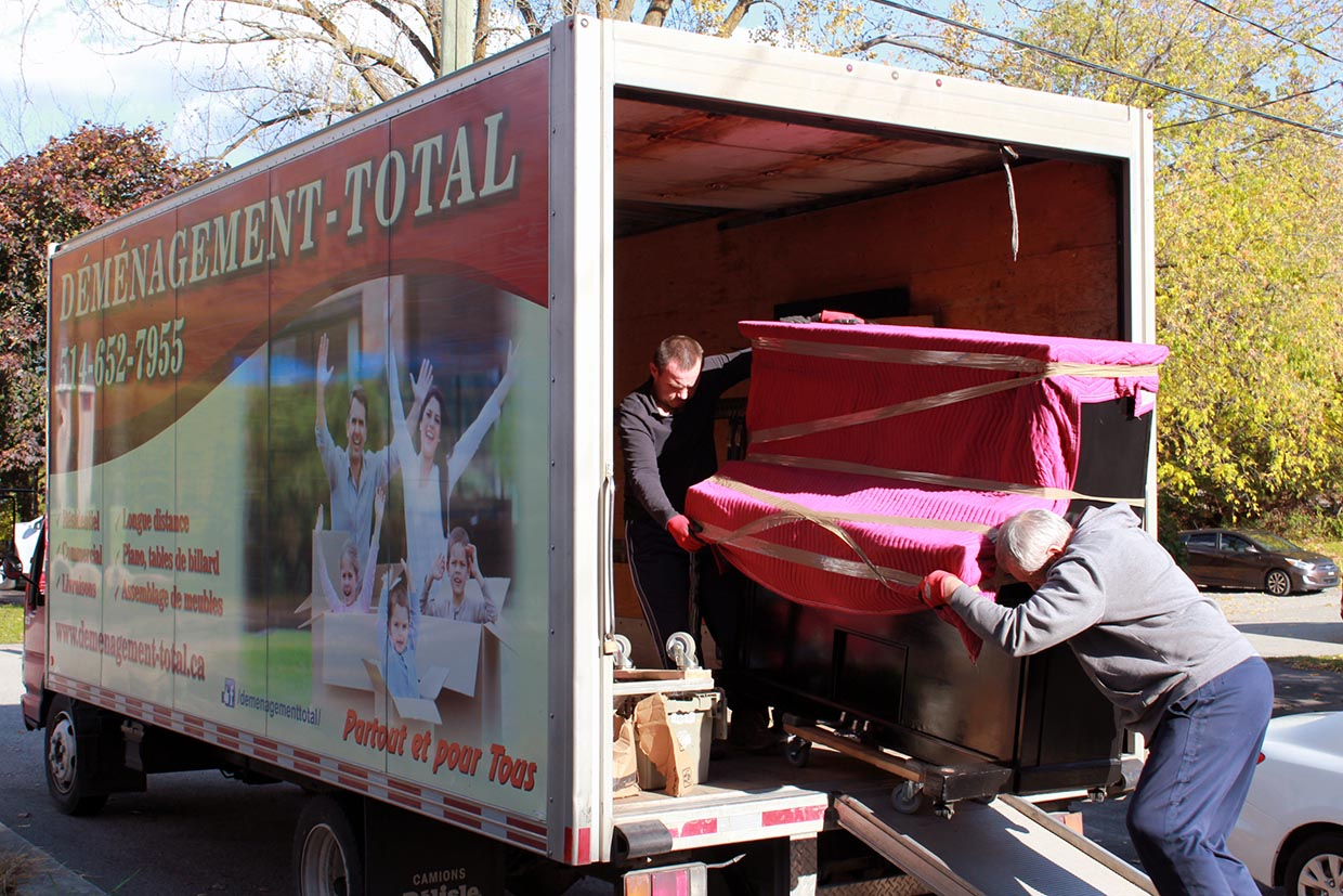 Moving Quebec-Montreal 1