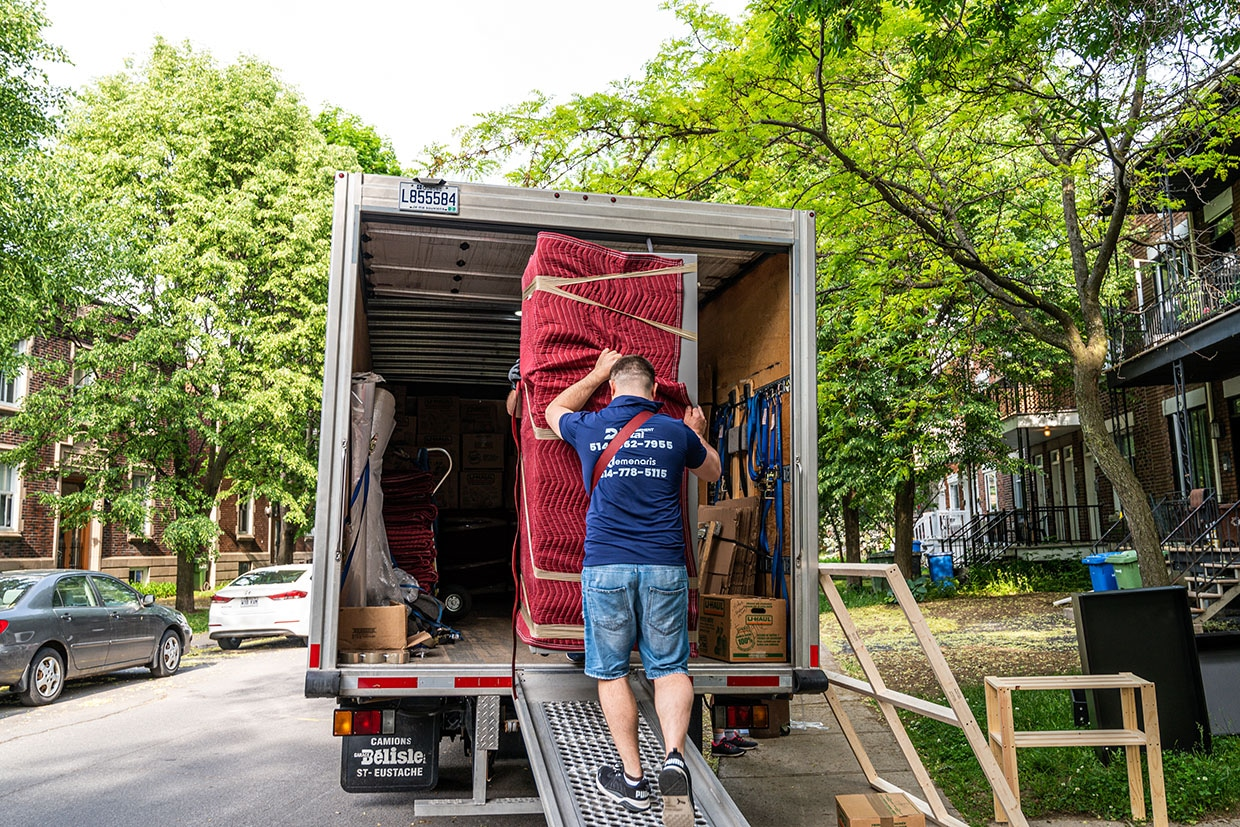 Moving on July 1st in Montreal and Everywhere in Quebec - Moving on July 1st - 2